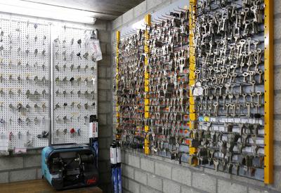 Mega Clean - Leopoldsburg - Sleuteldienst & schoenherstelling